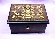 Exquisite Gold Inlaid 36 Note  Music Box #559B